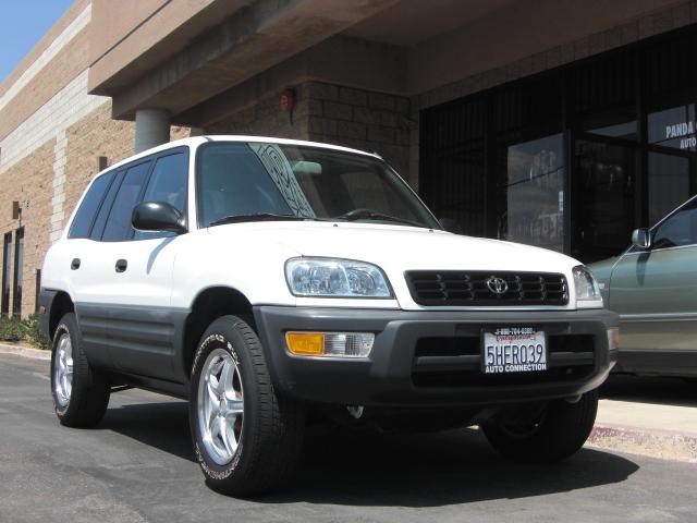 Toyota For Sales >> 99 rav4 white
